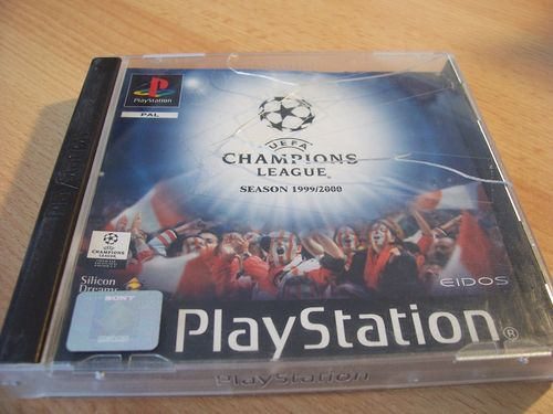 PlayStation 1 PS1 Spiel - UEFA Champions League 1999 2000 PSone PSX USK 0 komplett ohne Anleit gebr.