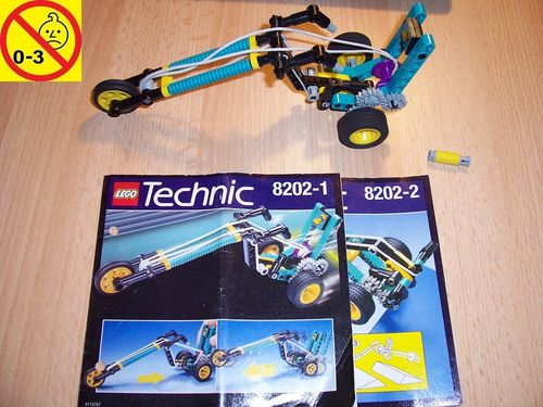 LEGO ® Technic CyberSlam Set 8202 - Blast Off Chopper with Bungee Cord Power + BA gebr.