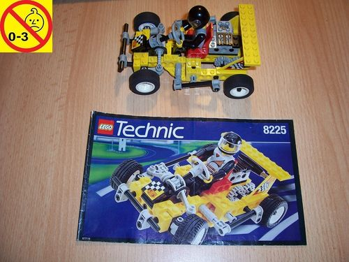 LEGO ® Technic Tech Play Set 8225 - Road Rally V - Super Kart Nr. 5 Rennwagen + BA gebr.