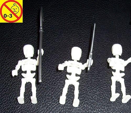 Playmobil Einzelteile 3066746 Piraten Ritter Skelett 3x + Waffen ( 3017 3137 3861 4242 4168 ) gebr.