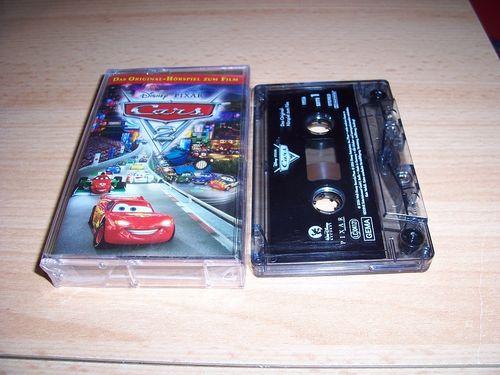Walt Disney Hörspiel MC zum Film Cars 2 von Pixar  2011 Walt Disney Records rot gebr.