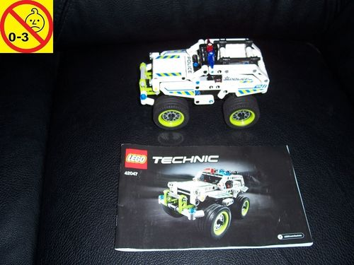 LEGO ® Technic / Racers Set 42047 - Police Interceptor Polizei Pull-Back-Motor Auto + BA gebr.